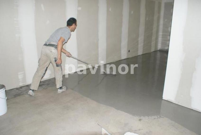 Nivelar suelo con mortero cmo nivelar el suelo paso with for Pasta autonivelante precio
