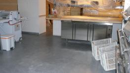 Suelo microcemeento gris panadería santiaog de compostela