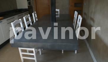 vista de mesa sin patas en revestil aluminio
