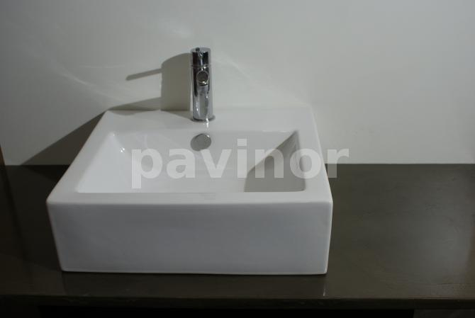 lavabo y encimera microcemento revestil bronce