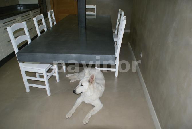 otra mesa sin patas