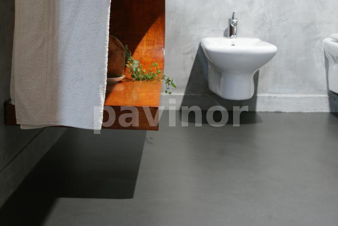 suelo pavinox en baño