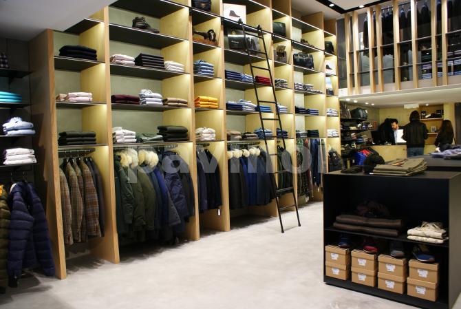 Vista general tienda Sarto